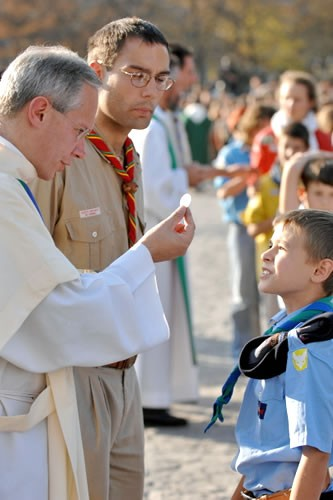 La communion © esprit-photo.com - 100 ans du scoutisme